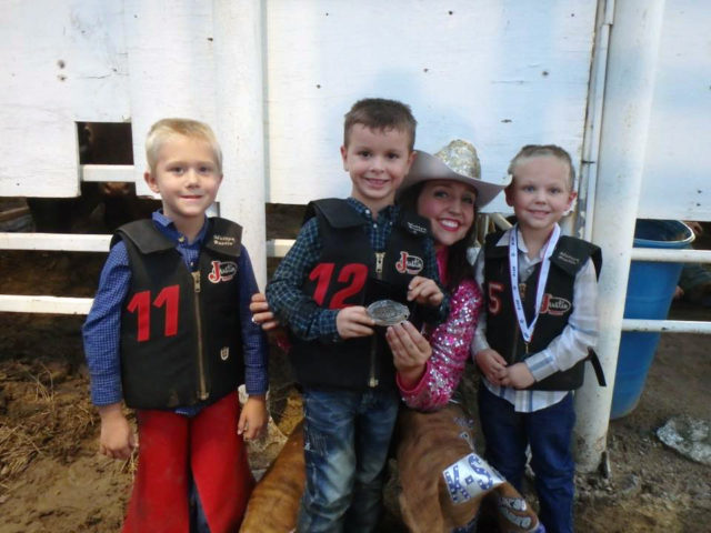 WBHR 2016: Friday Night Mutton Bustin Winners: (left to right) Beckett Lady (tie for second place), Korbin Blacketer-first place, Brooke Wallace-Miss Rodeo K-State, Colby Norman-(tie for second place)